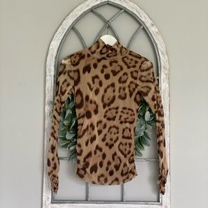 I.N.C Long cheetah turtle neck